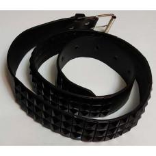 Three-row pyramid belt (black)